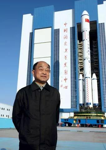 崔吉俊将军到无棣县第三高级中学参观指导