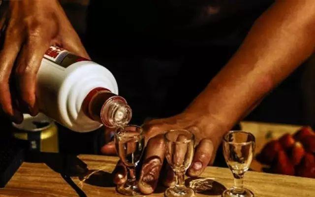 酱香酒为什么有的贵,有的便宜?