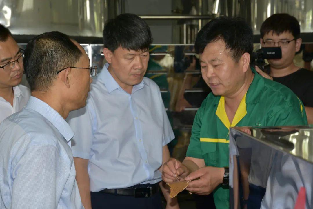 无棣县粮油质量检测站在山东花园食品有限公司揭牌