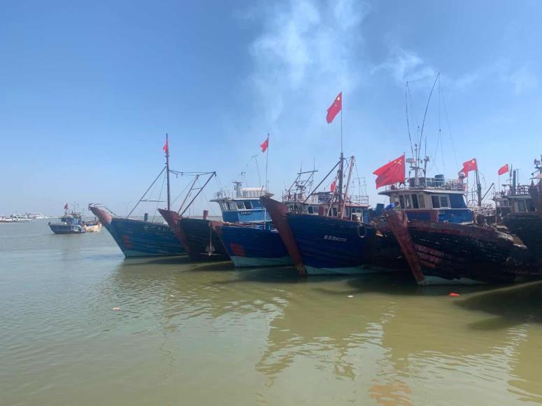开渔!黄渤海结束休渔期 400多艘渔船齐出海