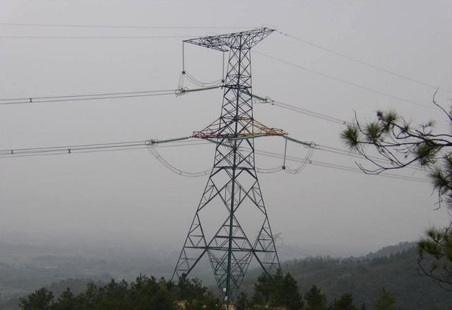 山东滨州无棣华运黄河岛风电场一期49.8兆瓦工程并网发电